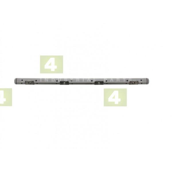 Wałek dźwigni (dźwigienek) zaworu NISSAN K15