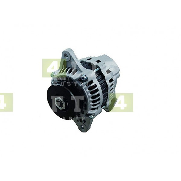 Alternator silnika NISSAN TB45E